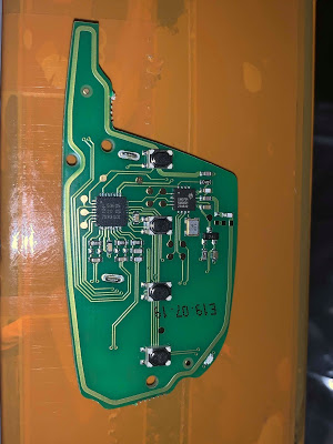 xhorse-crystal-remote-pcb-1